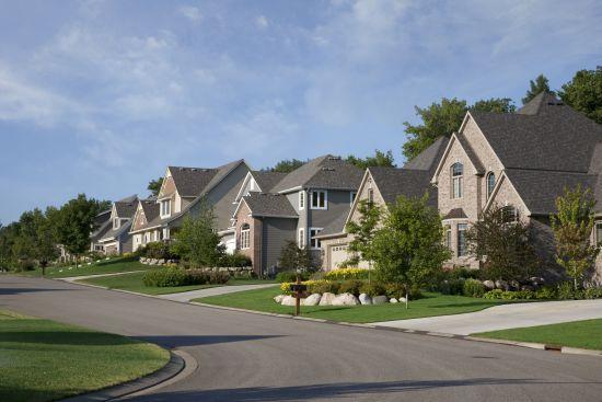Best Ways to Explore Neighborhoods Virtually