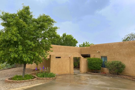 SOLD IN 1 DAY – 4021 Glen Canyon CT NE