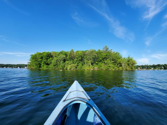 Kayaking around Paugus Bay Islands