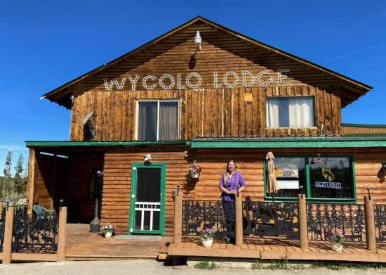 Comfort with a twist at WyColo Lodge