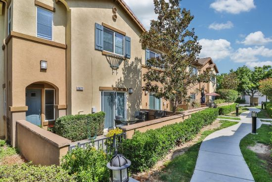 Featured listing located in the desirable Sycamore Shade gated community