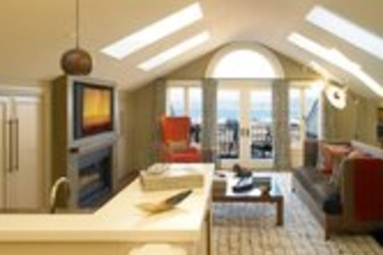 Skylight Costs and Tips for a Mistake-Free Installation