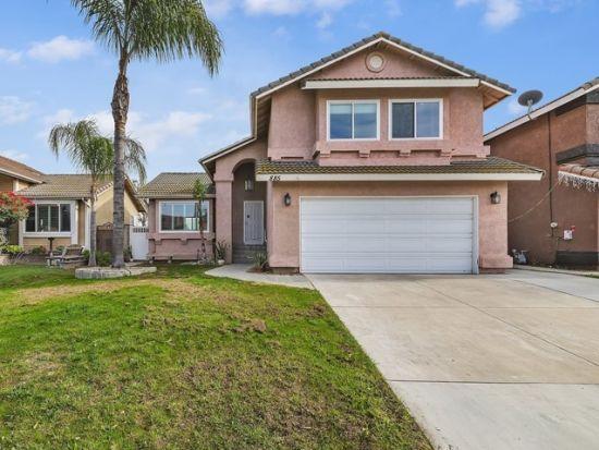 885 Hedges Corona, CA. 92880