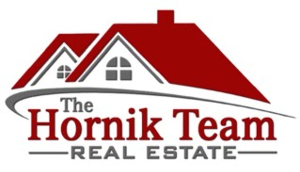 The Hornik Team - Janet & Douglas