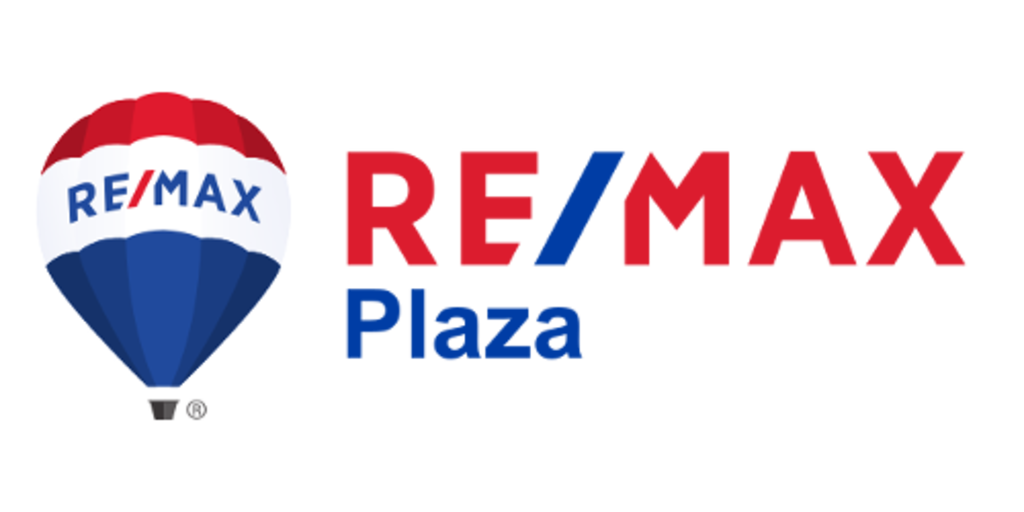 RE/MAX PLAZA | Lake Geneva, WI