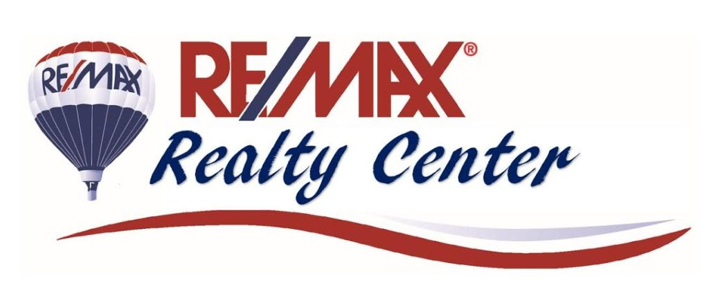 Buying, Selling & Investing in Wisconsin Real Estate  | Lisa Bear & Jamie Ireland