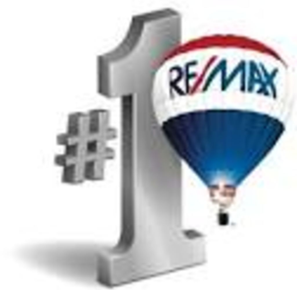 Erin Connolly - RE/MAX On the River