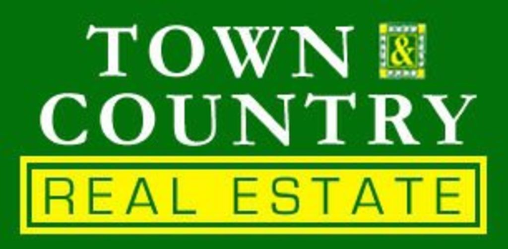 Houma's Town & Country Real Estate