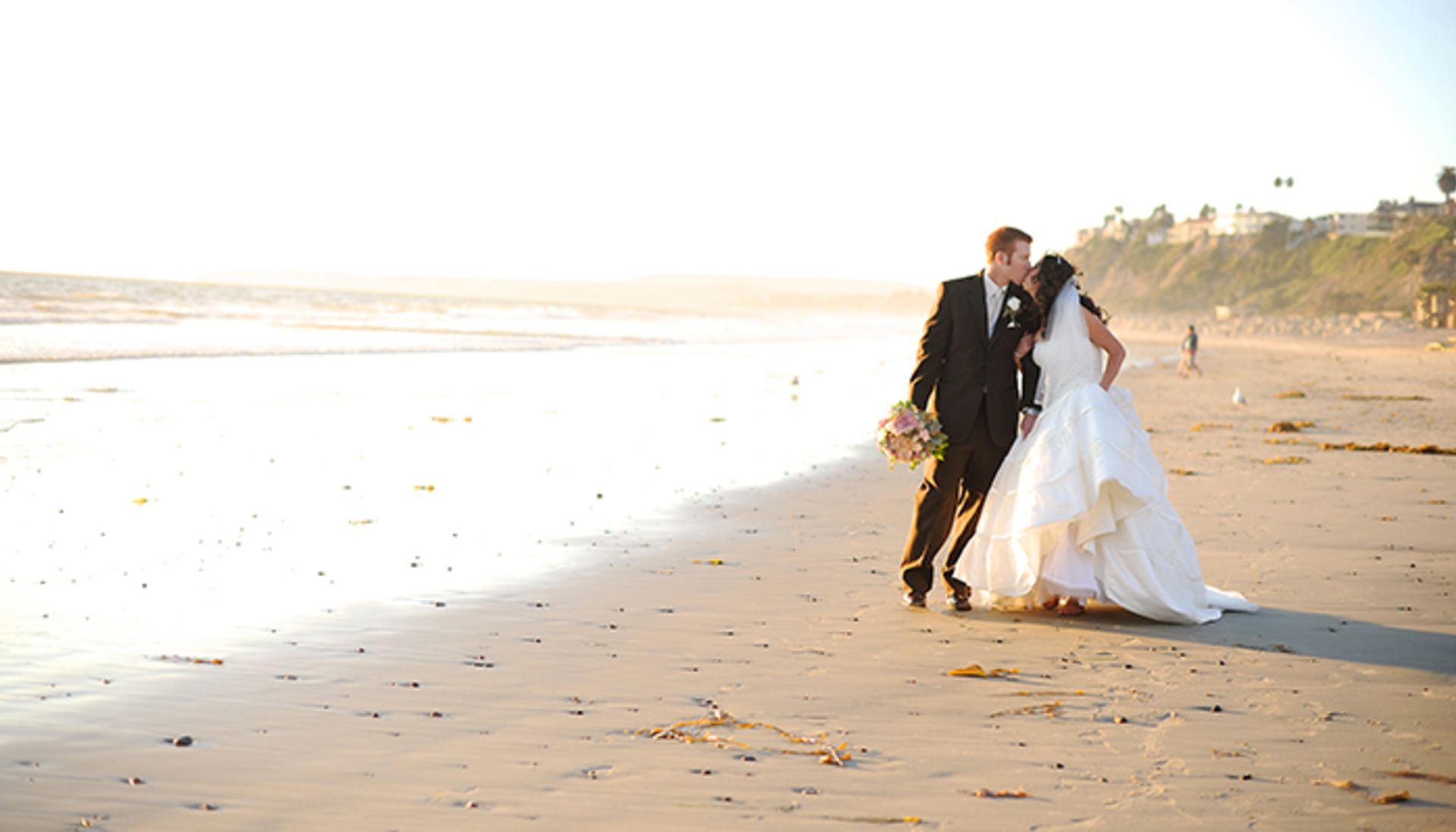 Tying the knot in Newport Beach