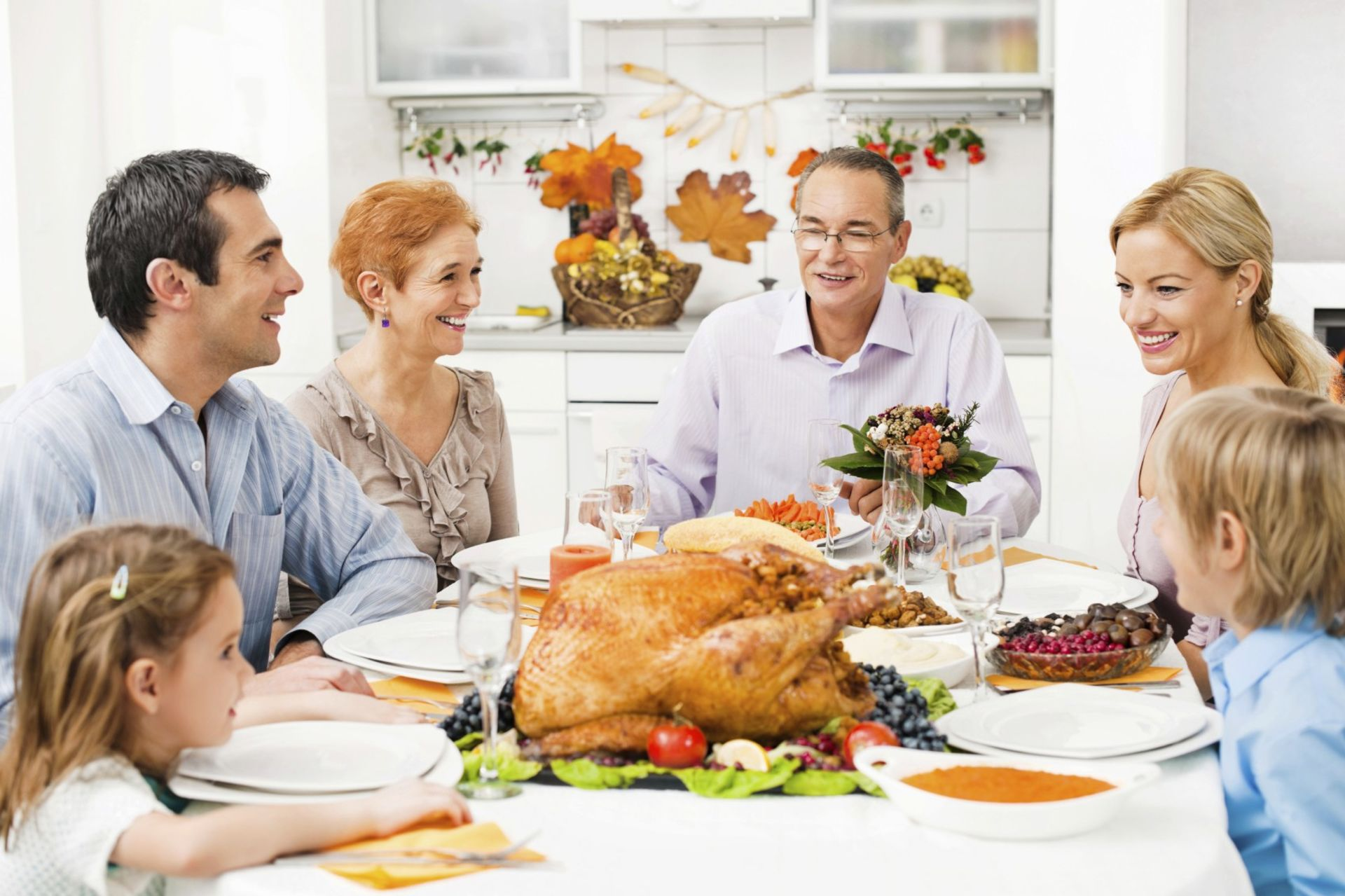 6 Simple Steps to Prep Your Home for Holiday Guests