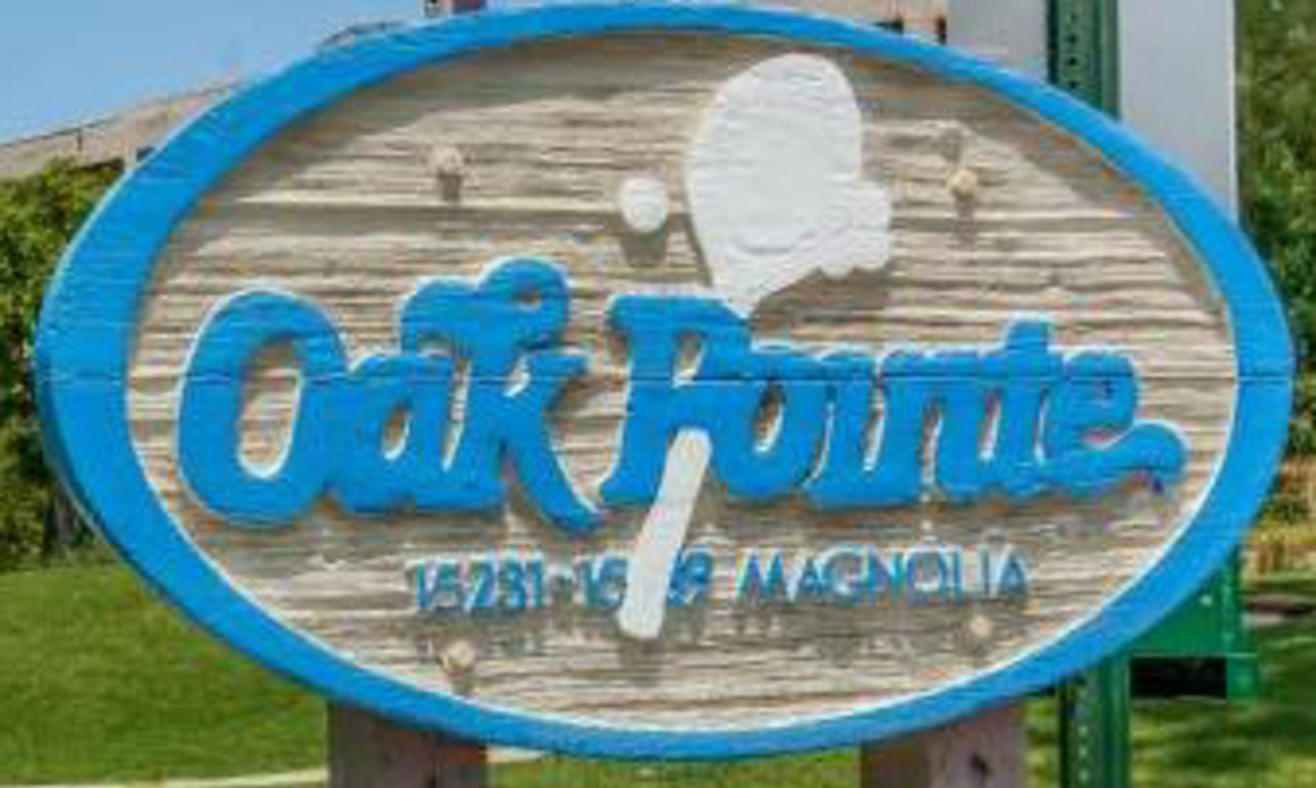 Oak Pointe Condos for Sale