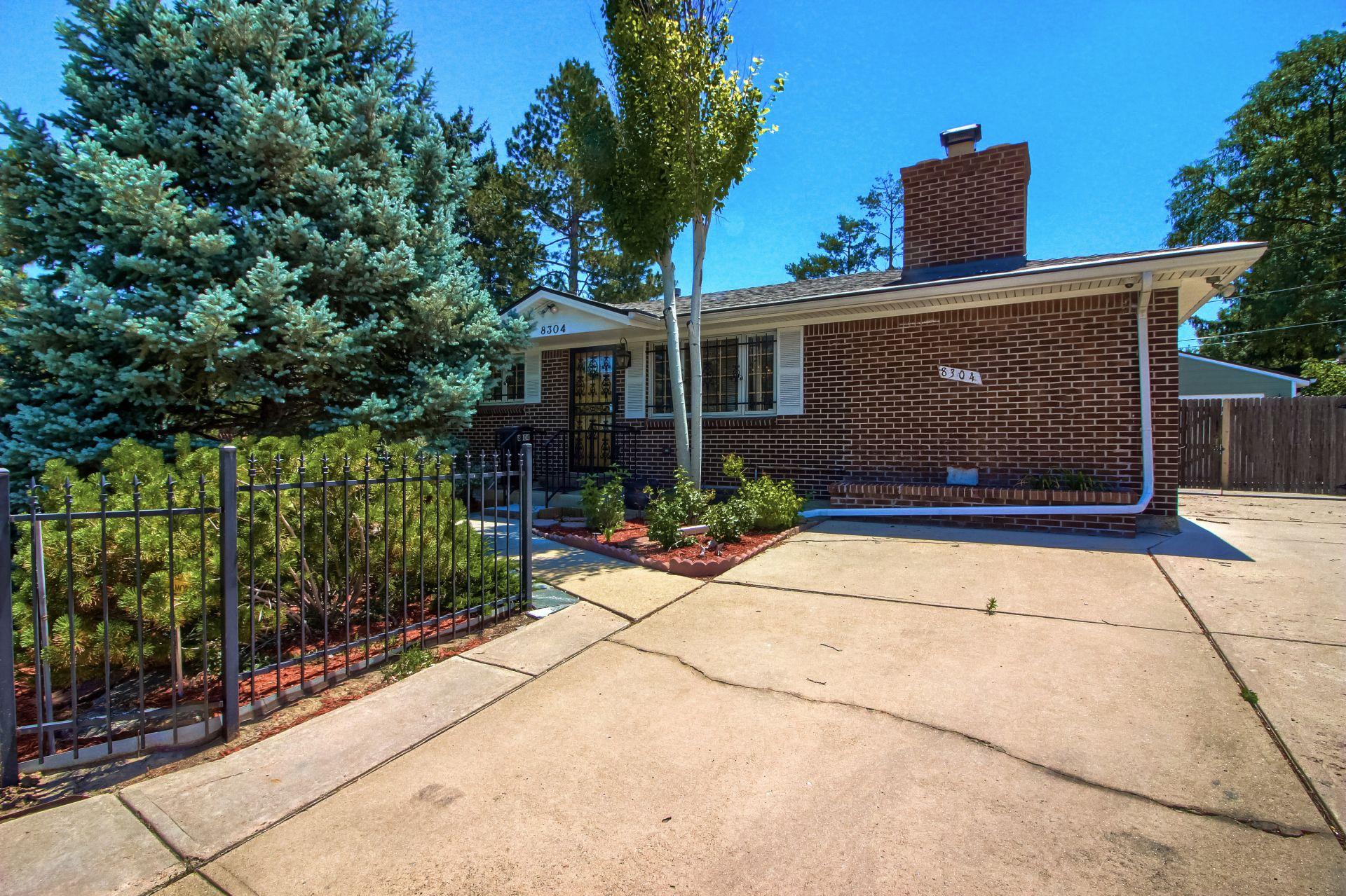 Just Listed : Sherrelwood Neighborhood Home