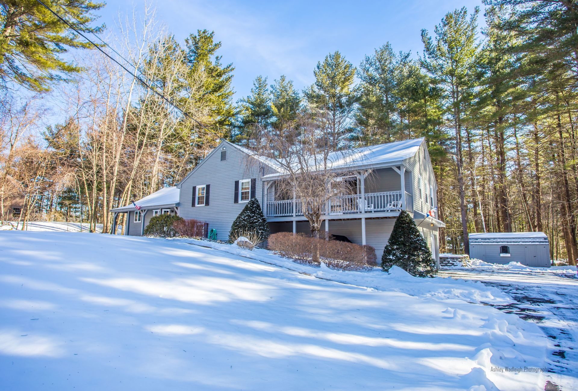 Impeccable Tri-Level 14 Woodland Dr, Sandown, NH