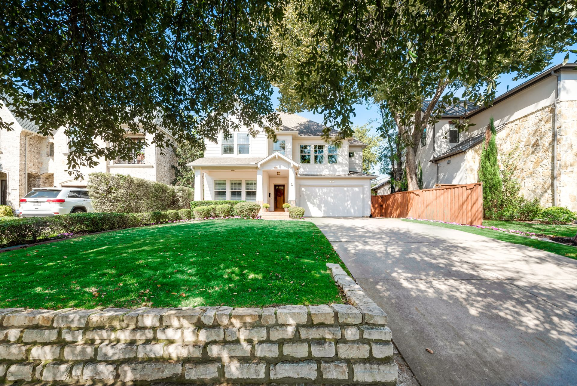 Fabulous New Build in Lakewood Heights