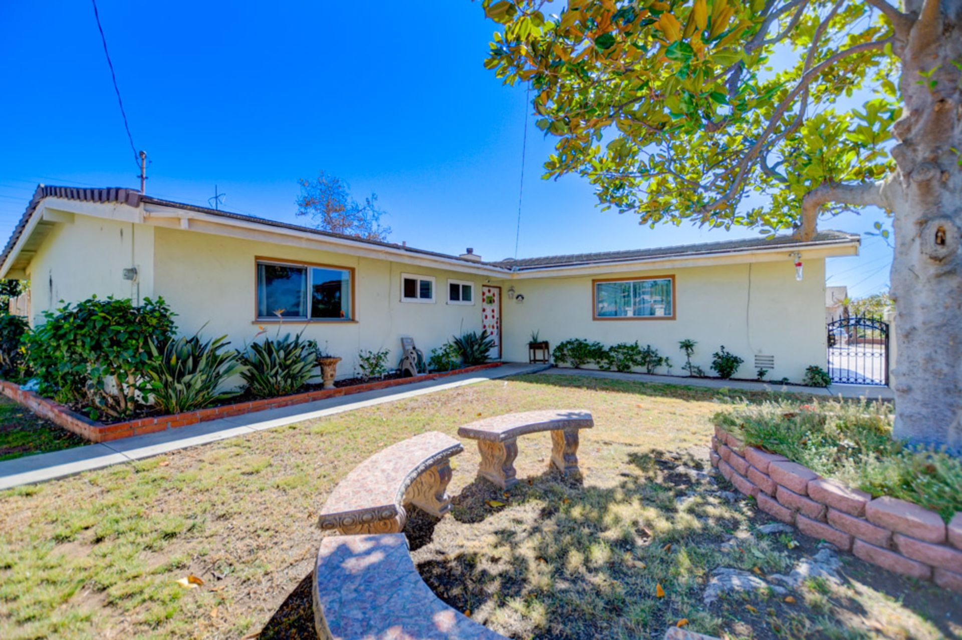 Another Home Sold by Laura Kelley in the Mount Streets of Clairemont!! (SHHH…)