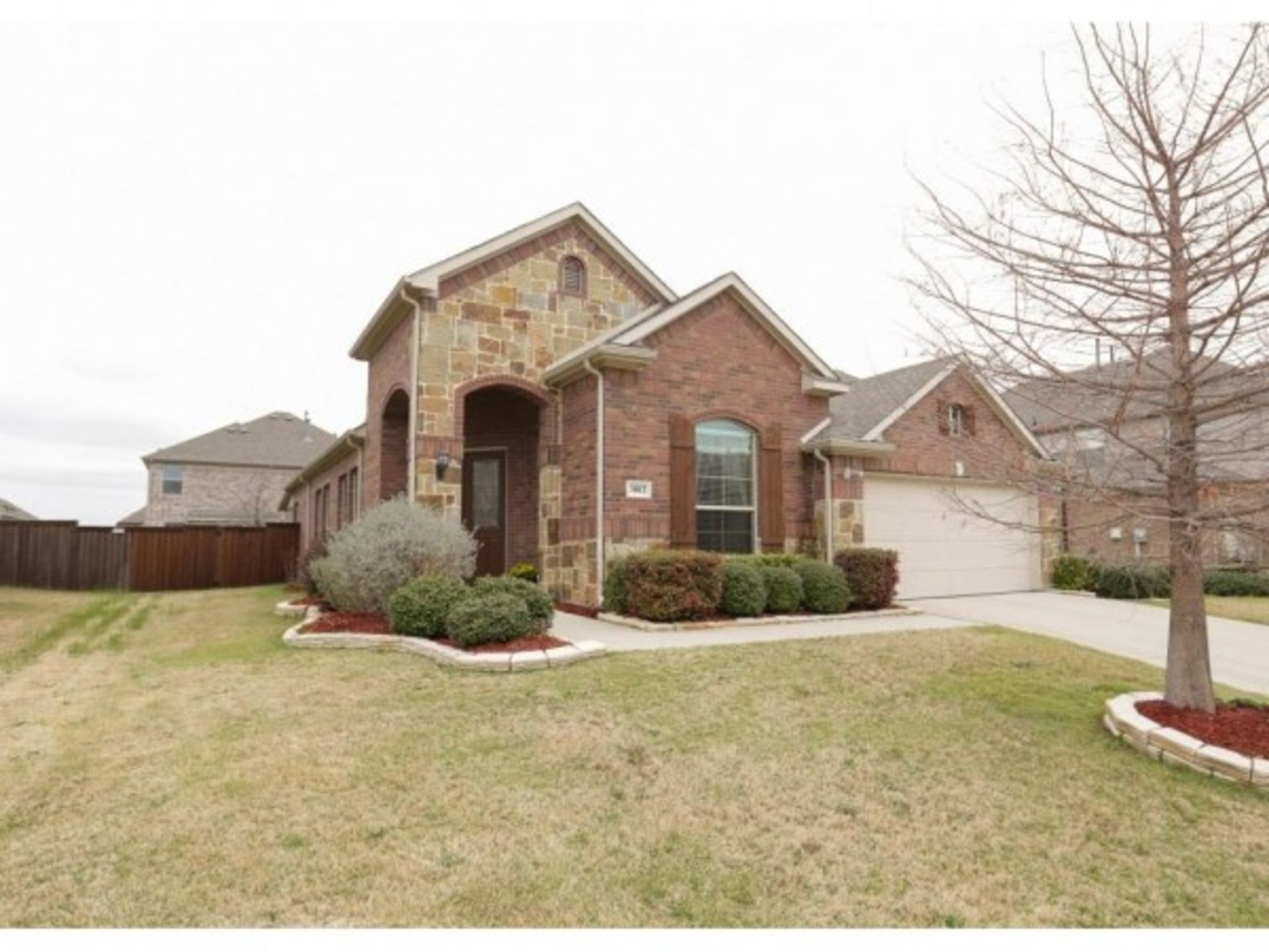BEAUTIFUL CREEKSIDE ESTATES HOME FOR SALE IN WYLIE TEXAS 3012 NATHAN DR.