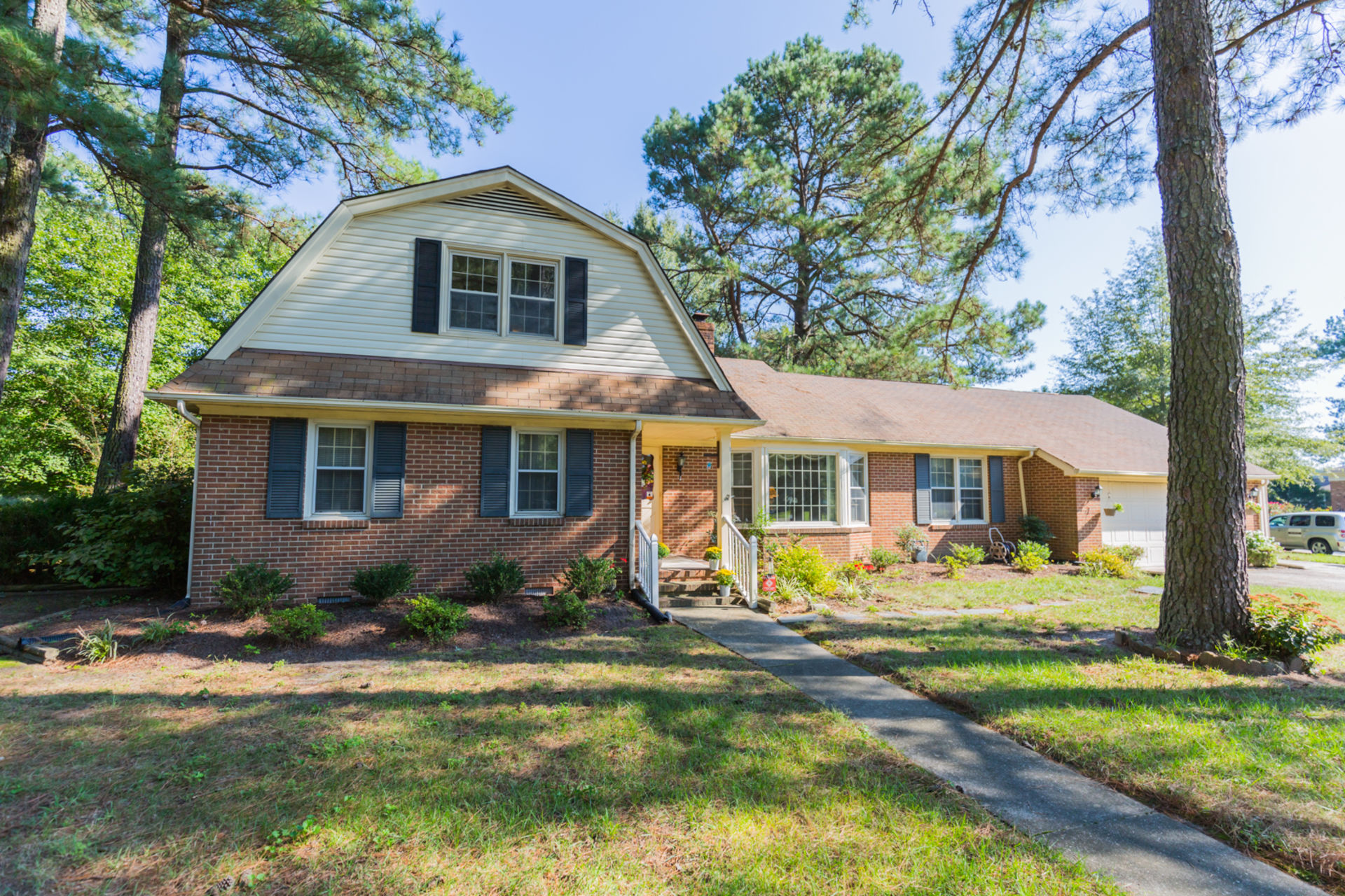 Brick Charmer in Camelot Golf Course Community