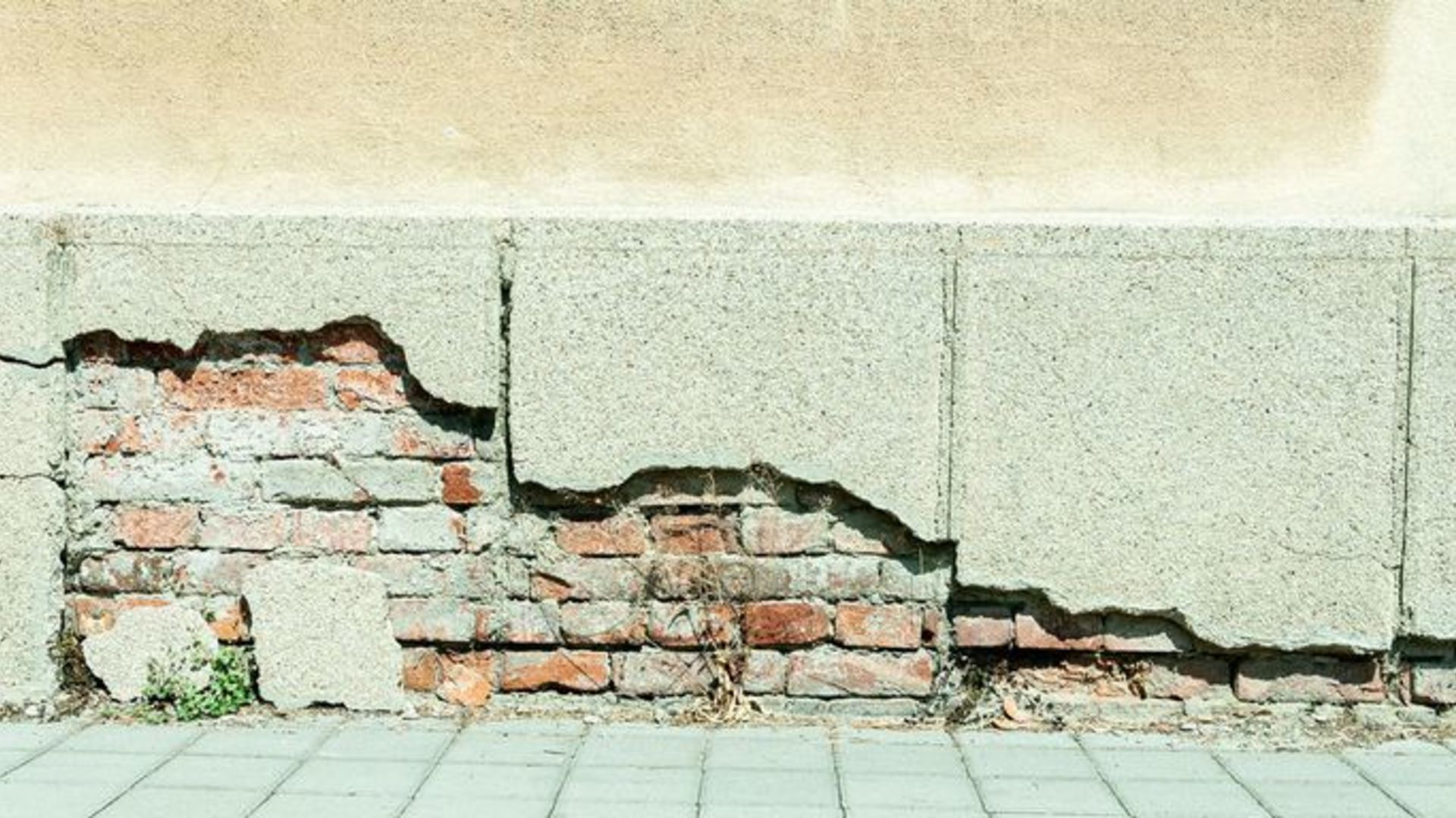 Does Your House Have Foundation Problems? Ask Yourself These 5 Questions