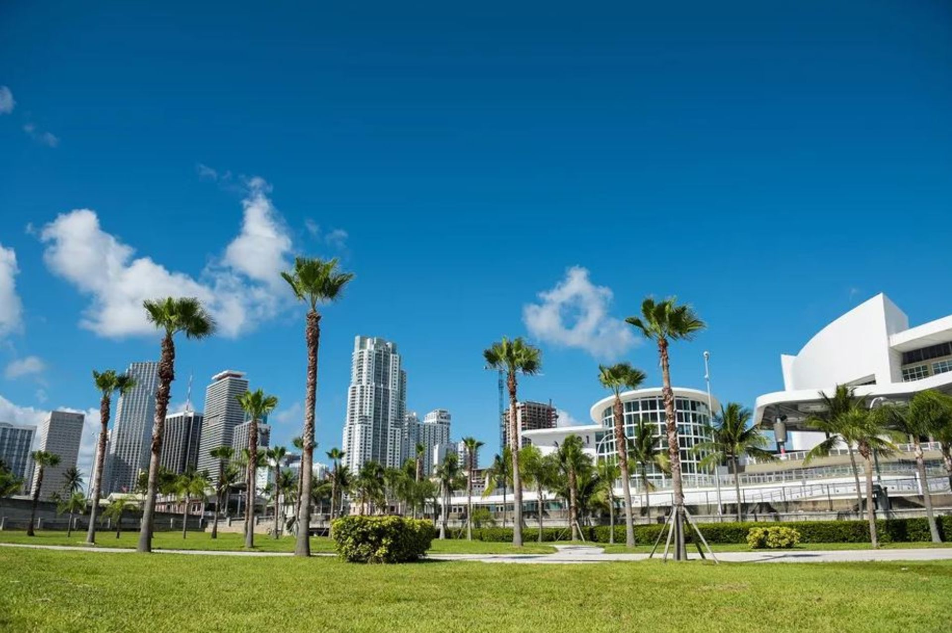 Downtown Miami finally gets its park next to American Airlines Arena