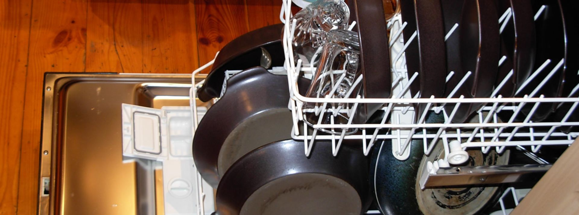8 Odd Things to Wash in the Dishwasher