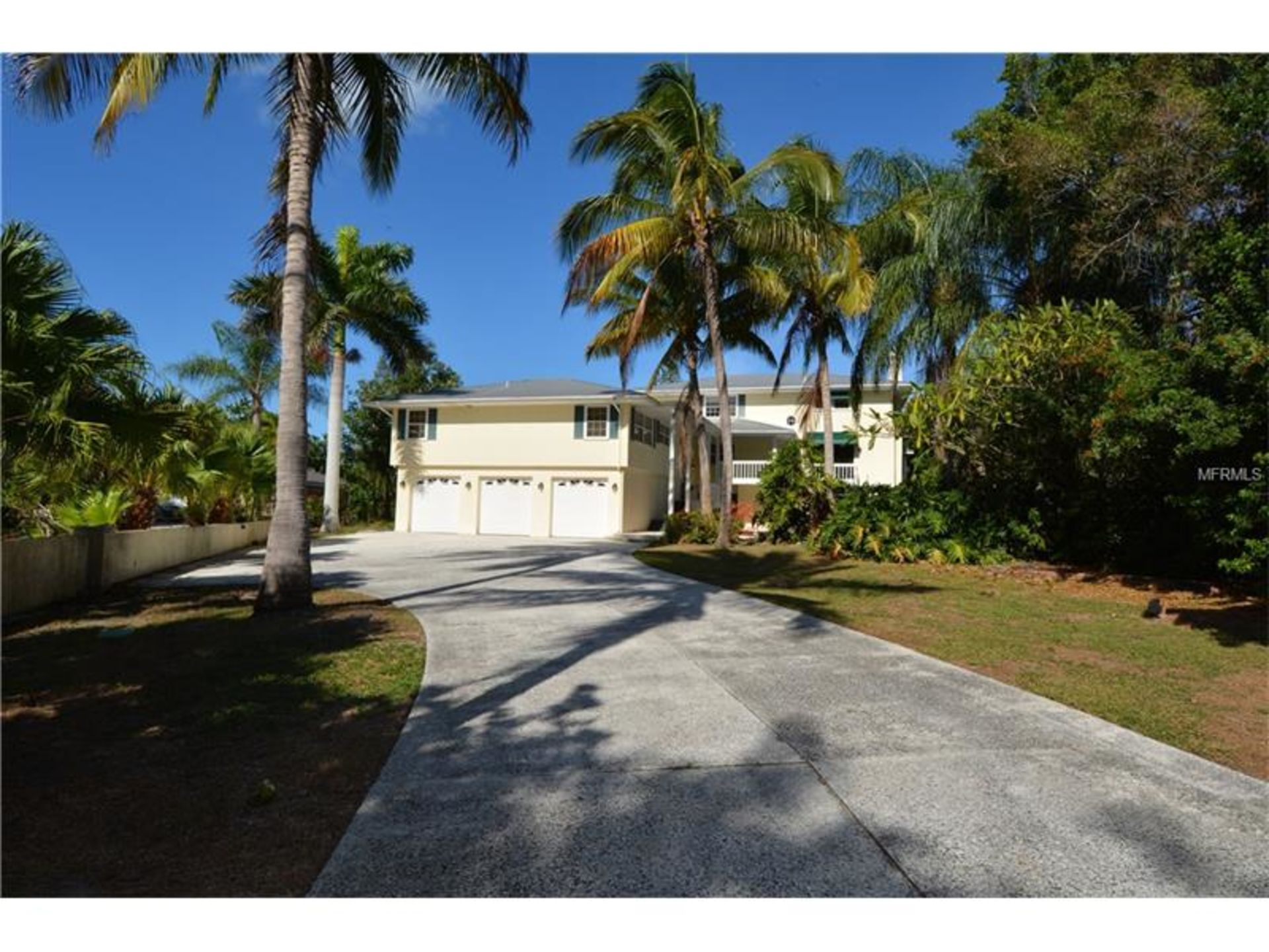 763 Tropical Circle, Sarasota, FL  34242