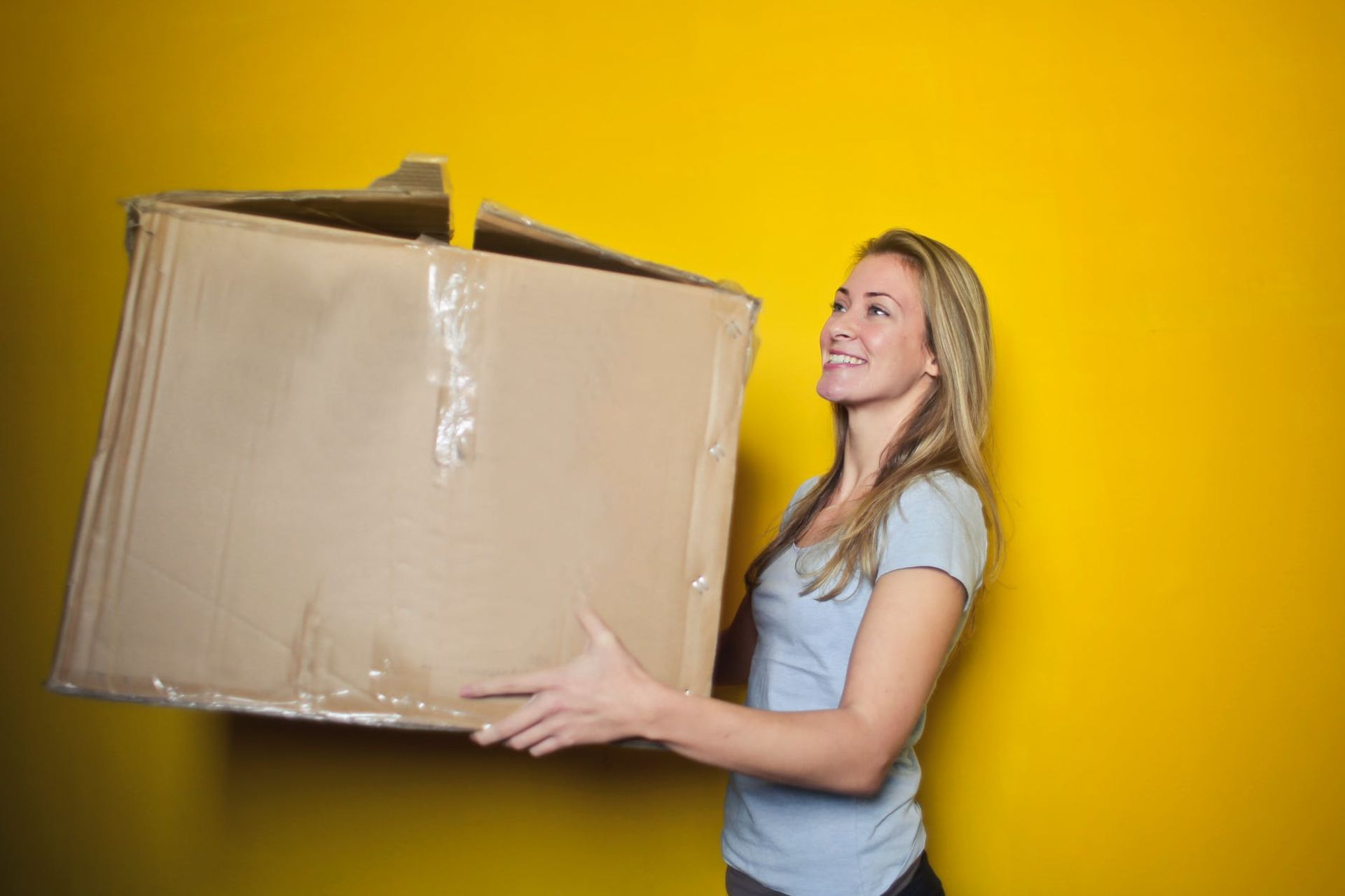 Summer Guest Blog Series…Moving to a new house? Here's how to get settled right away