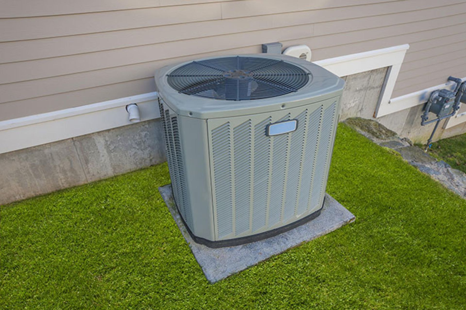Clean Your Air Conditioner Like a Pro