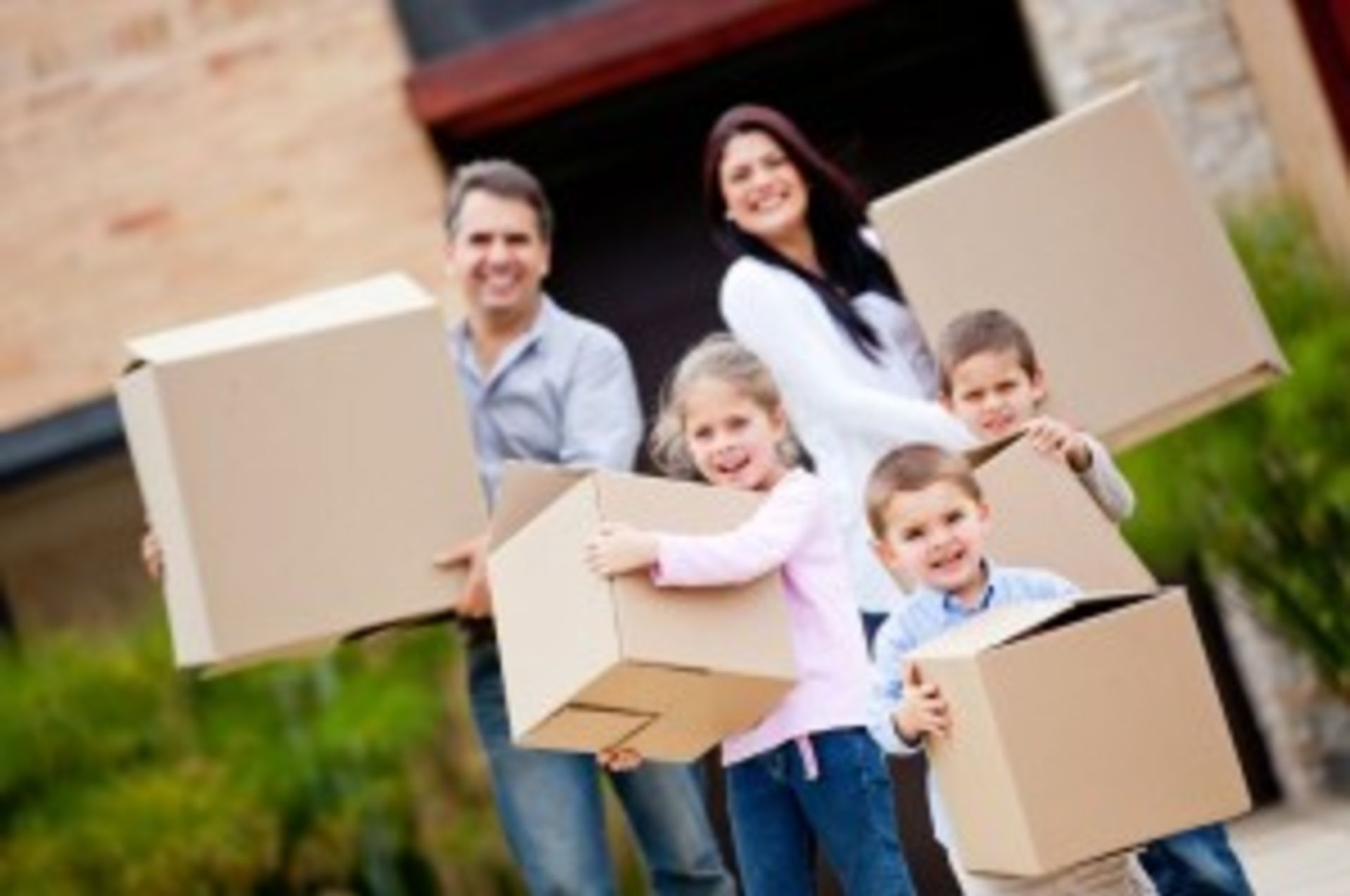 How to Move House Without Unsettling the Kids