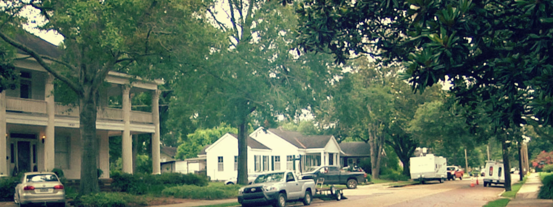 Hundred Oaks Neighborhood