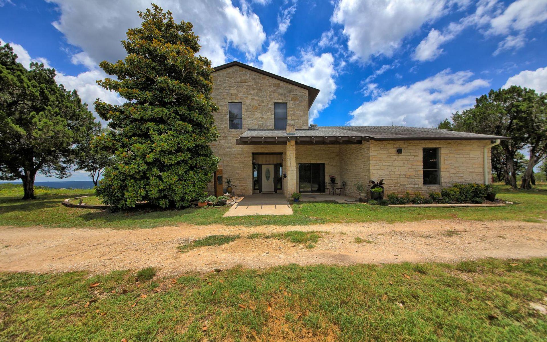 Rare Hilltop Custom-Built Home on 7 Acres – 19623 Tyler Trail, Jonestown, TX