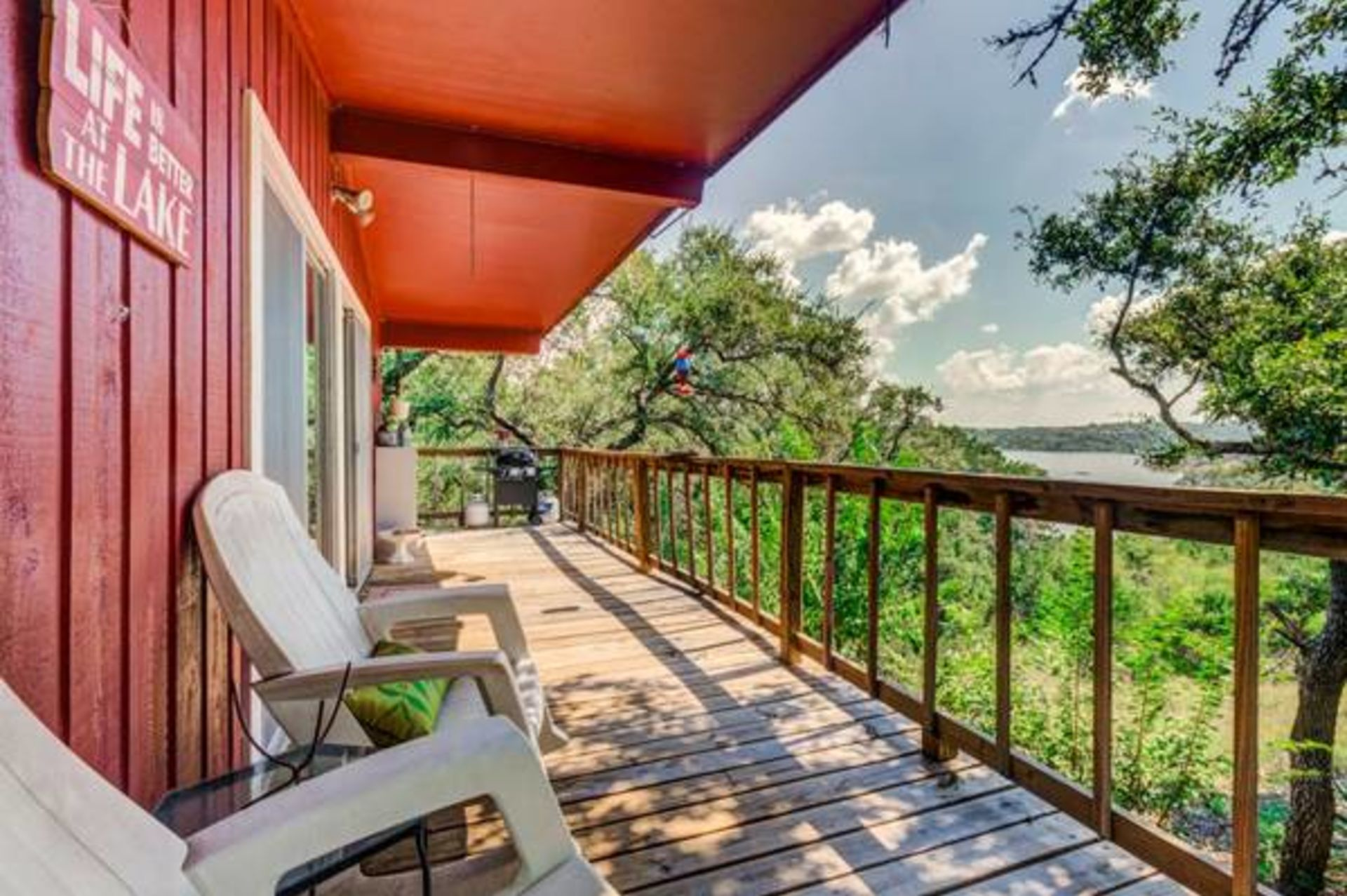 Tally Ho! How about a Cute Lake Travis Cottage on 7.5 Acres in Spicewood, Texas?