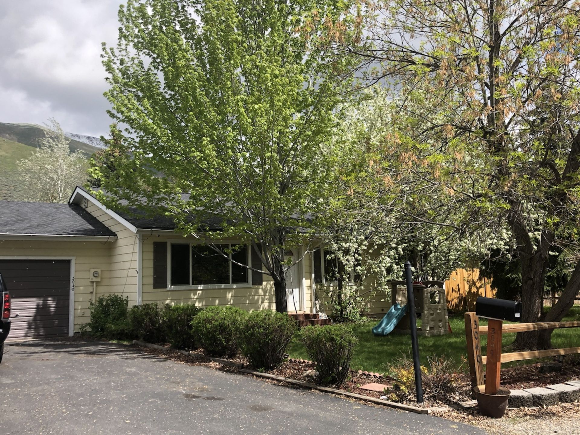 Cottage-Style Gem in Woodside