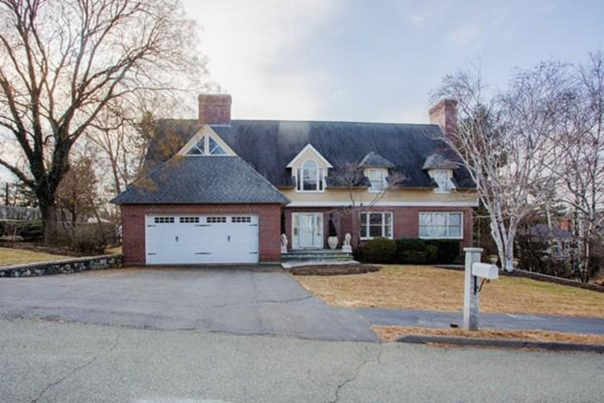 Saugus MA 01906 Hammersmith Village Estate-Like Home For Sale