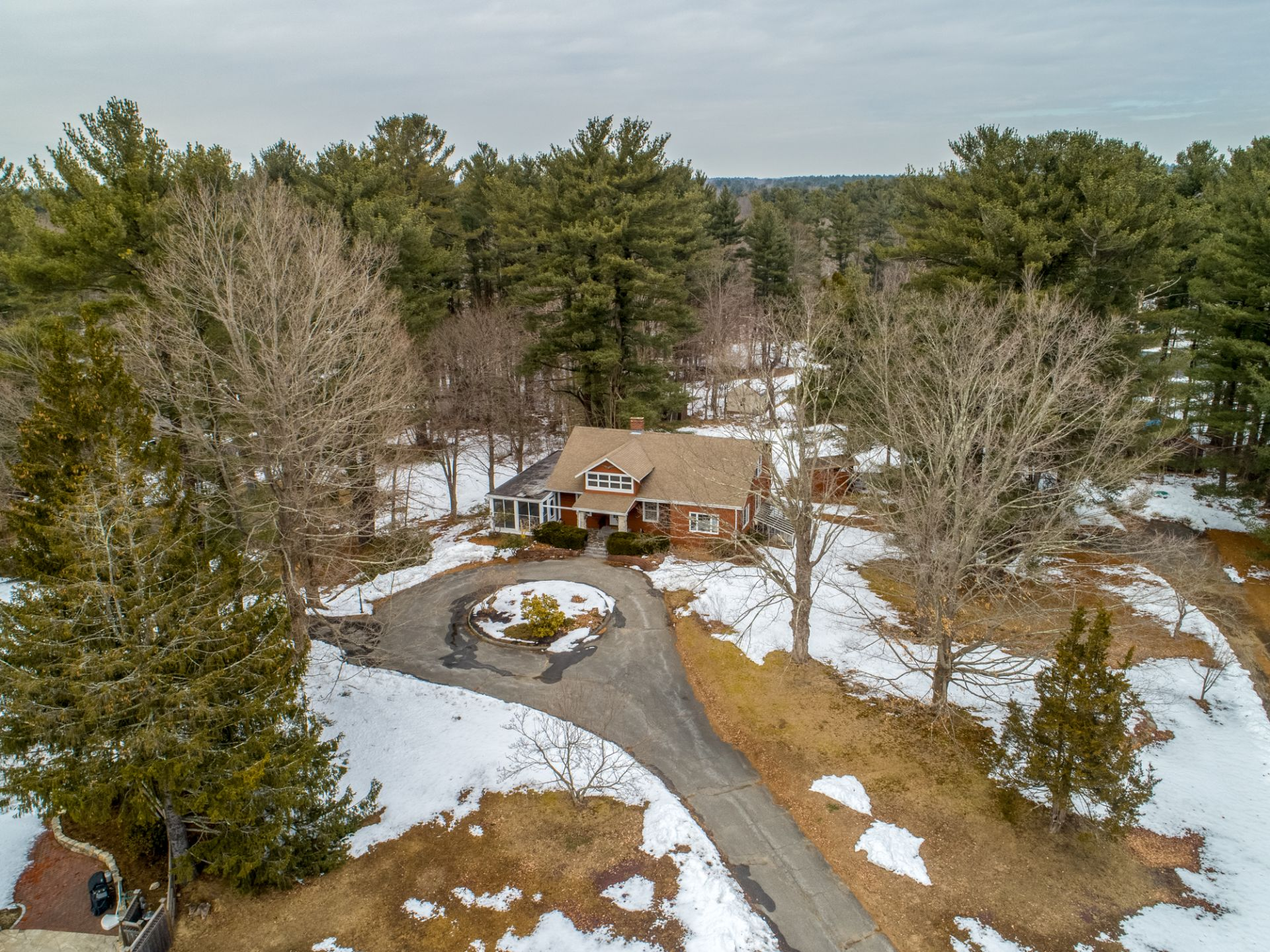 Coming Soon Topsfield MA Estate Setting