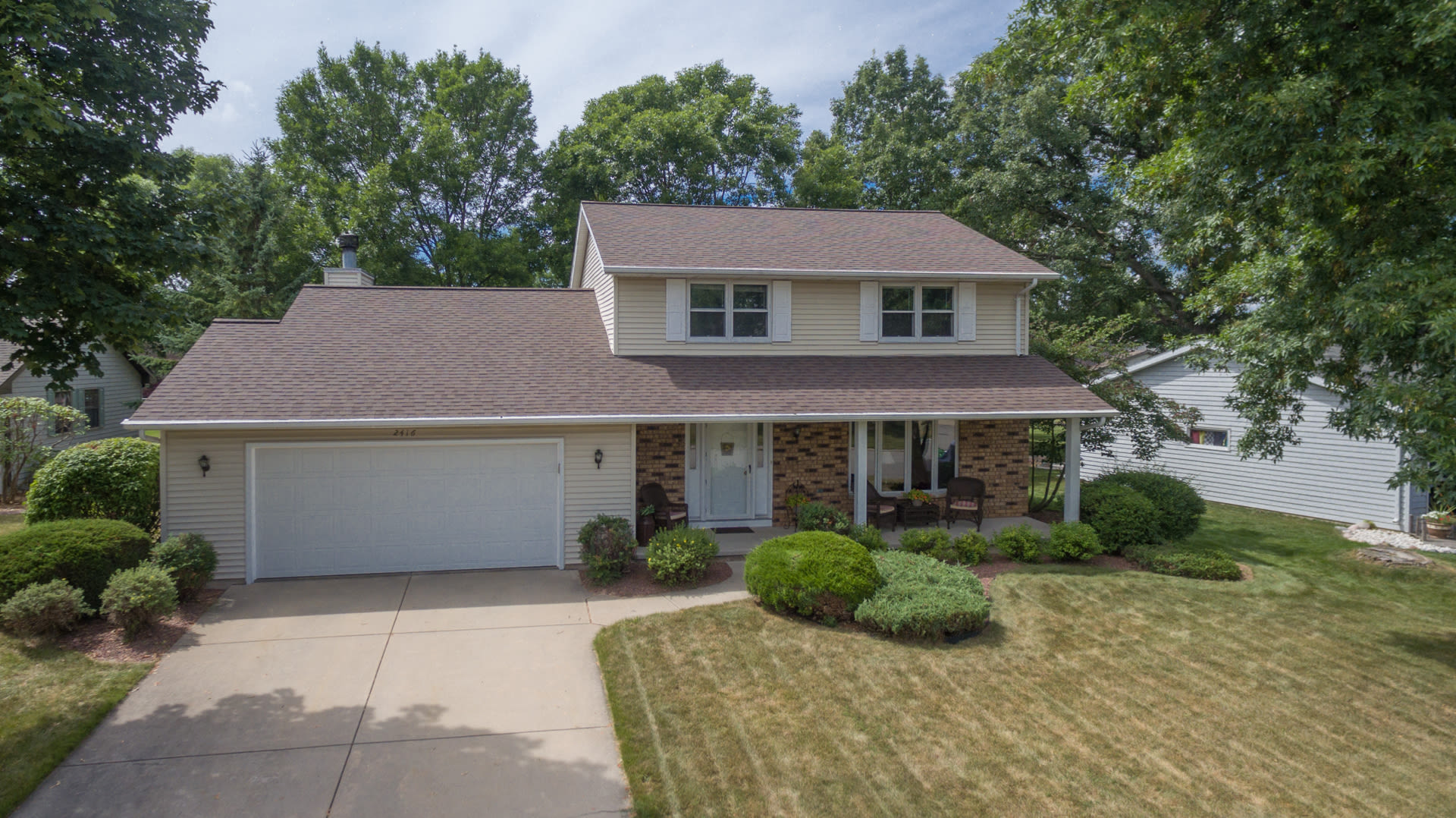 Great Bellevue Home – Just Listed