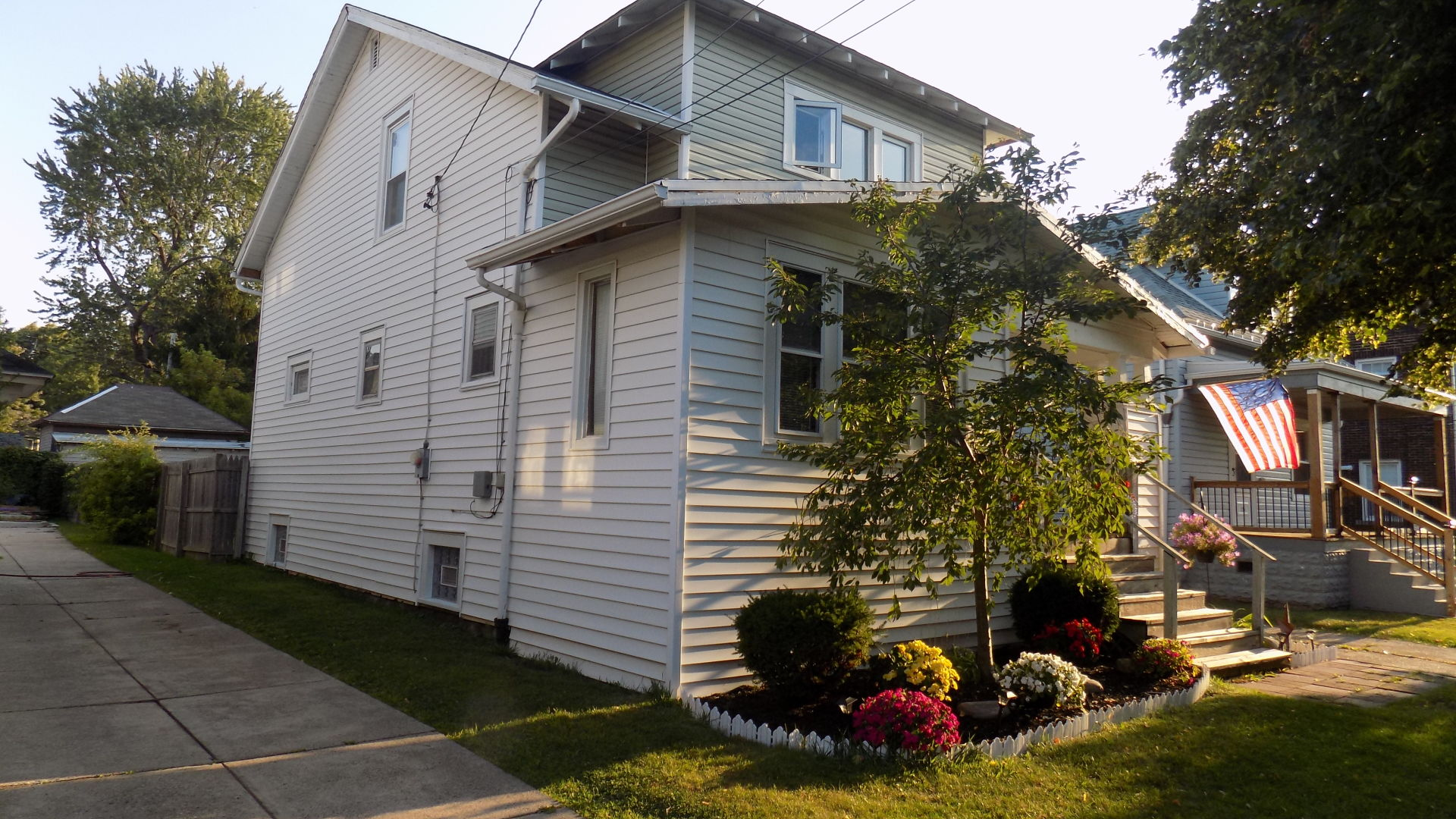 NEW LISTING – 150 Bloomfield Ave.