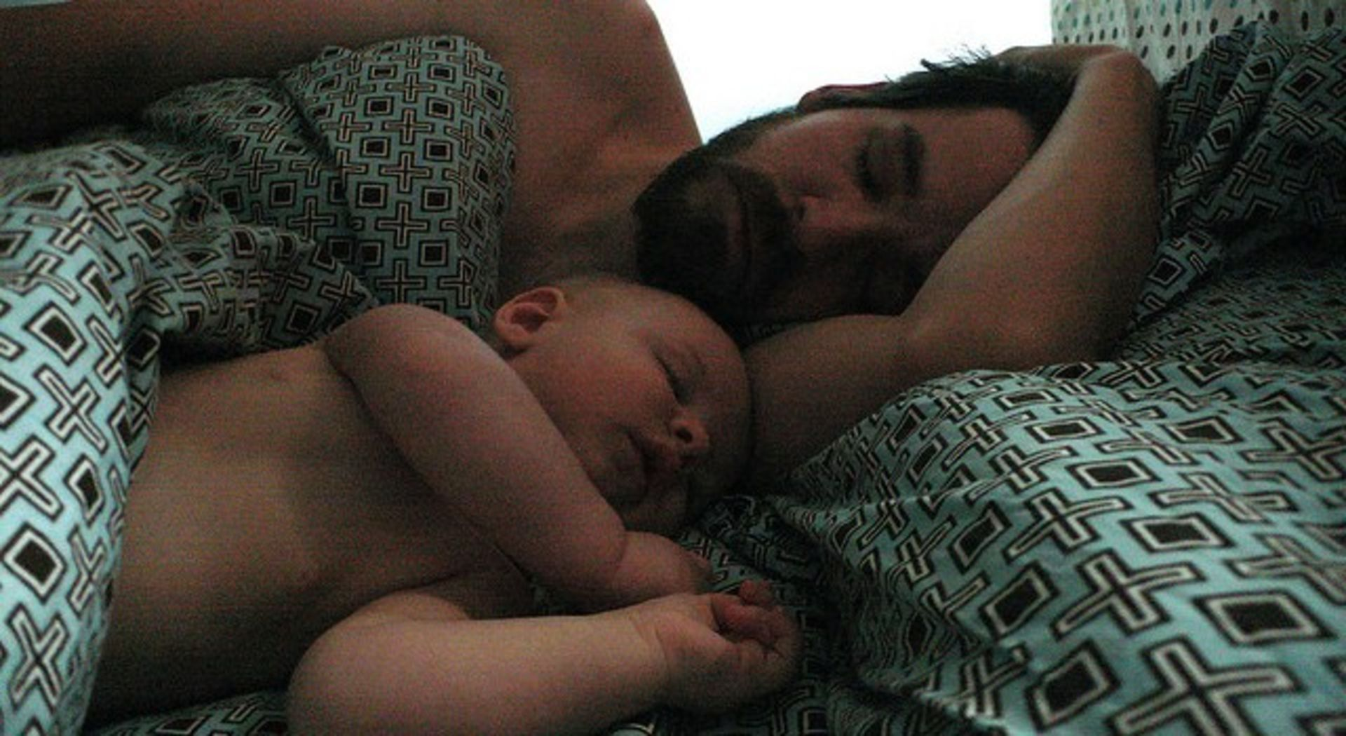 Cosleeping Is Good For The Heart