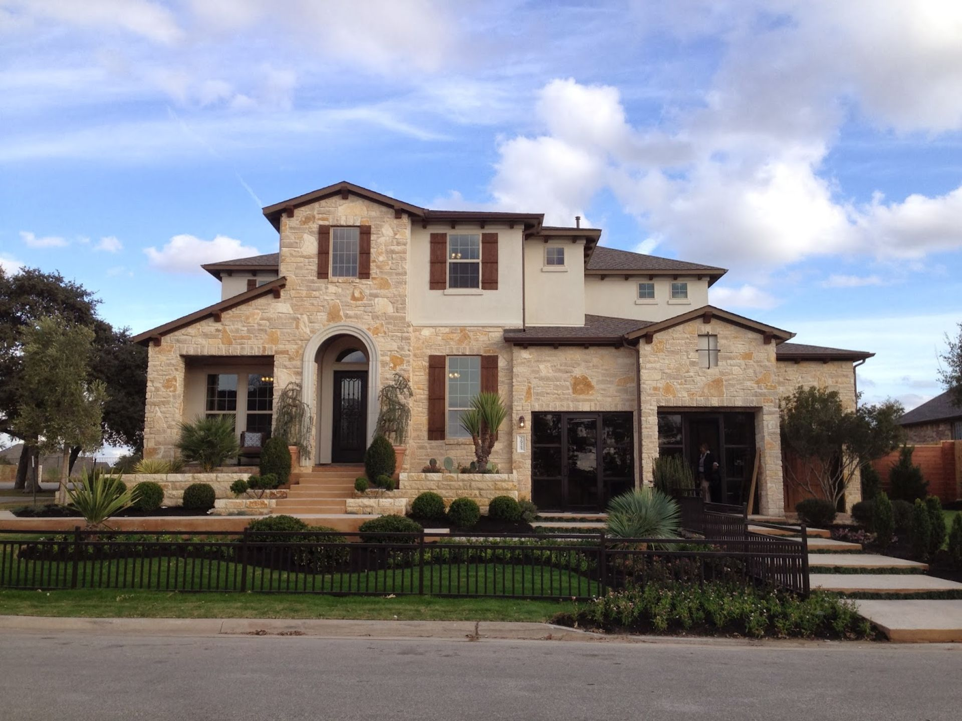 Cedar Park – Big City Appeal With Small Town Feel