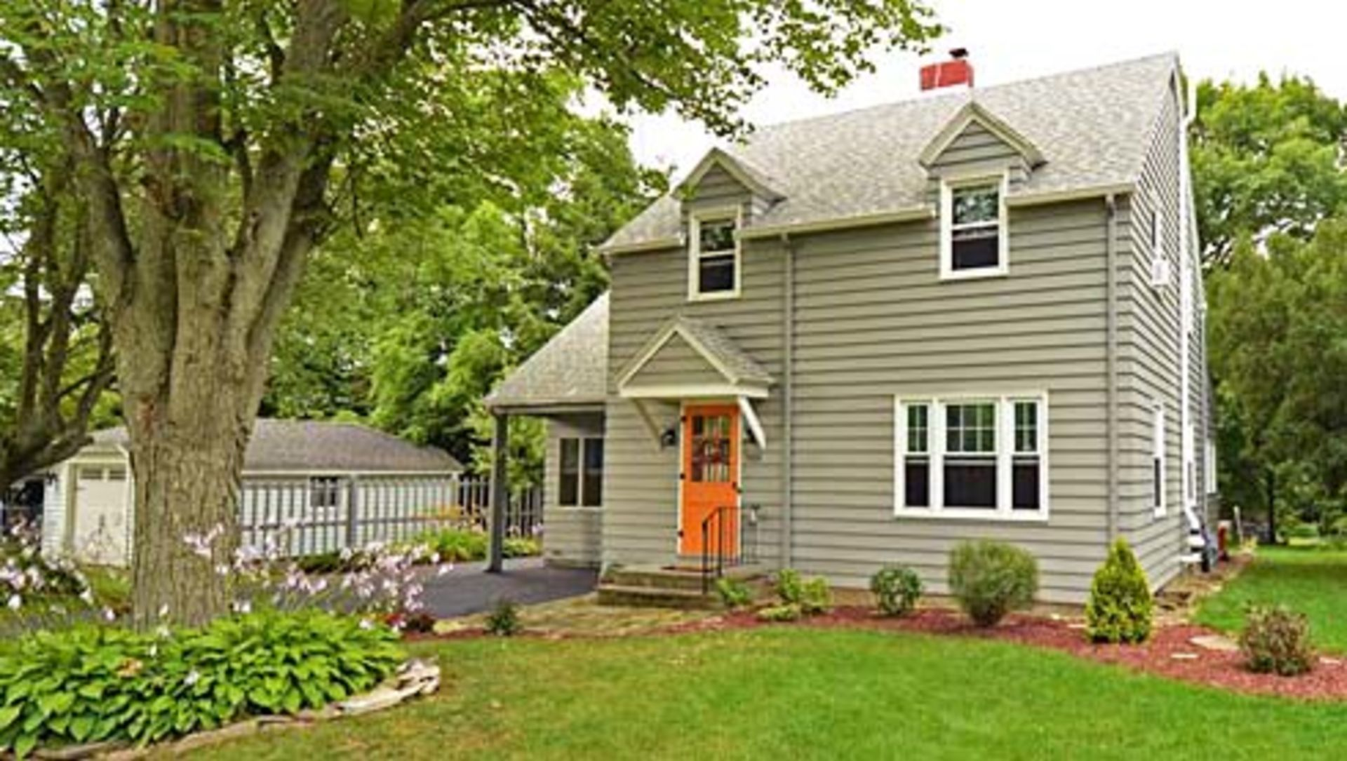 How pricing a home right in a competitive neighborhood resulted in multiple offers above asking price