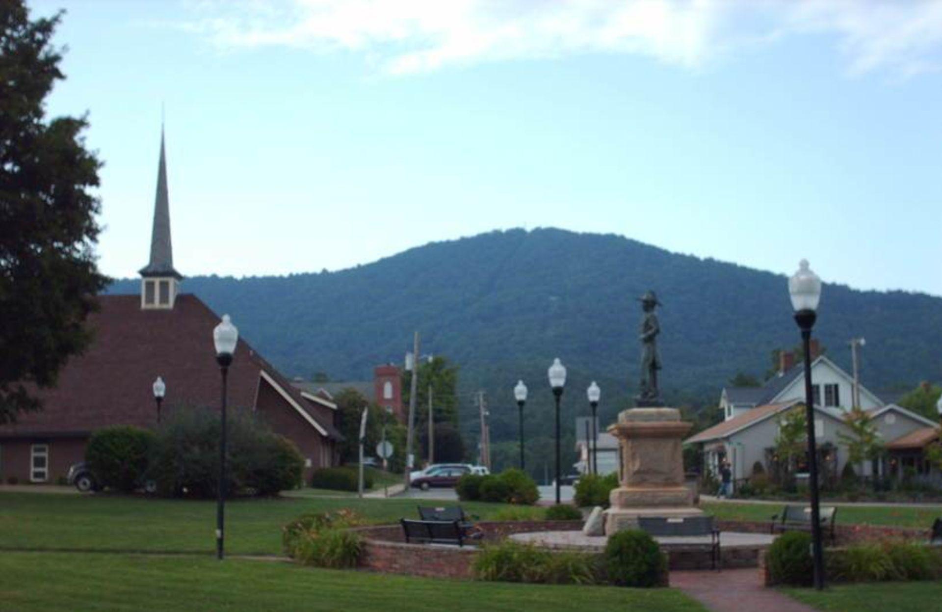 Burnsville NC, Homes For Sale