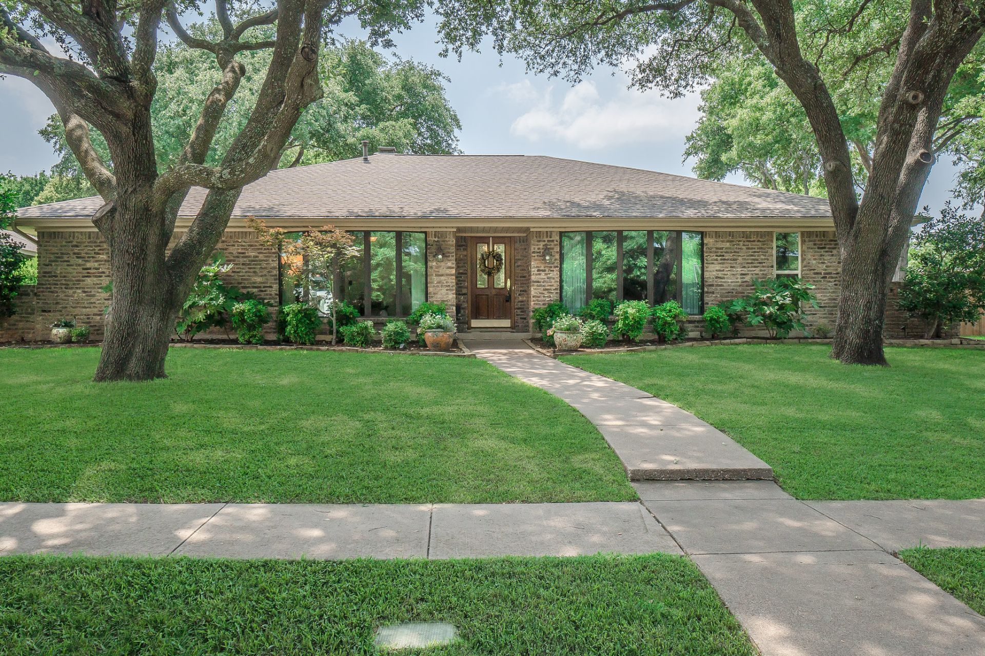 Darling New Listing In Plano!