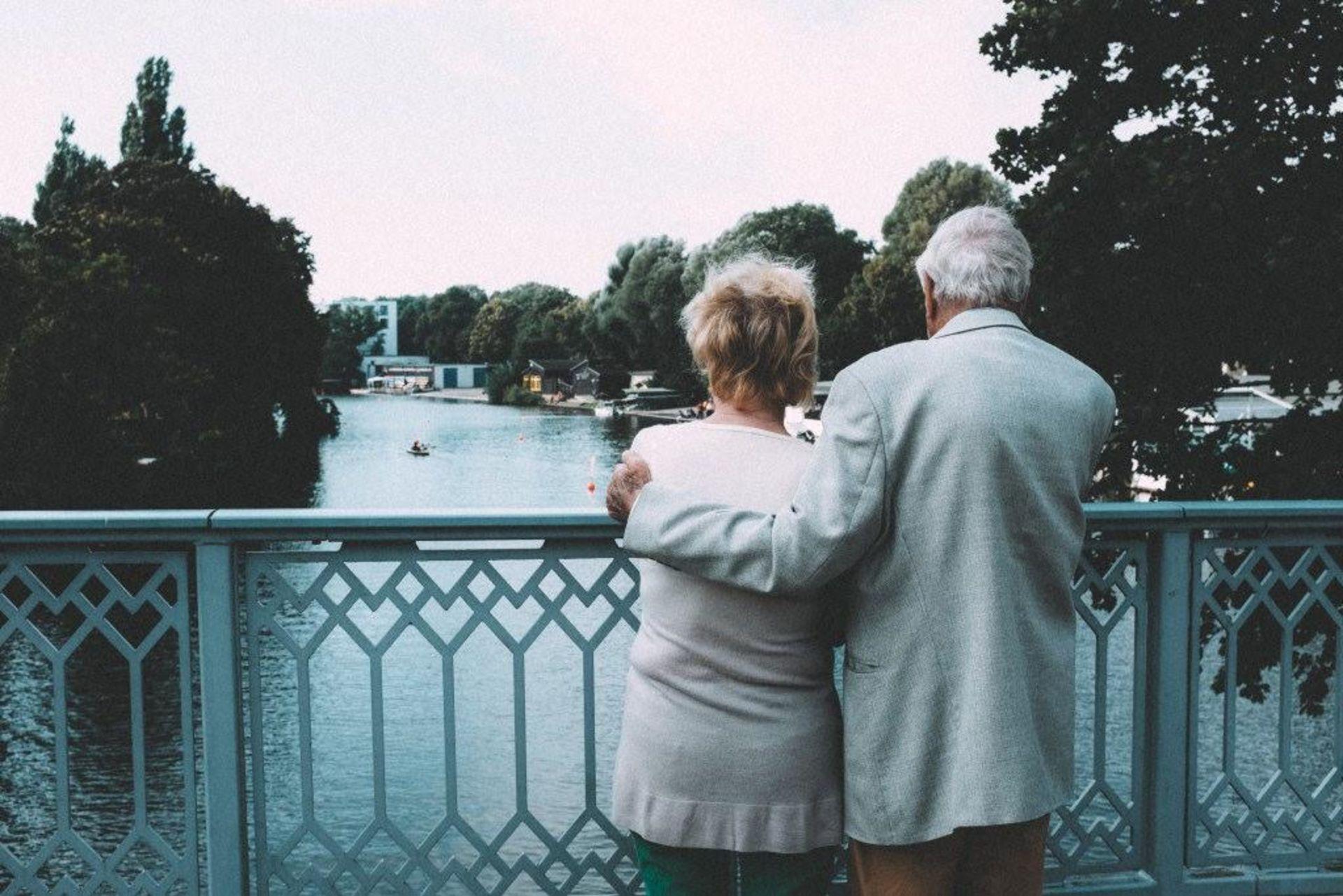 Making Downsizing Easier for Senior Parents