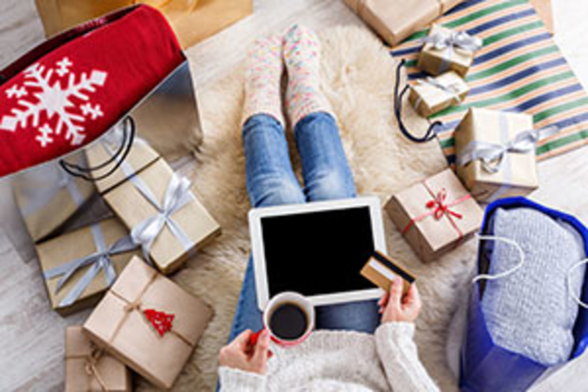 Four Tips on How to Stick to Your Budget during the Holidays
