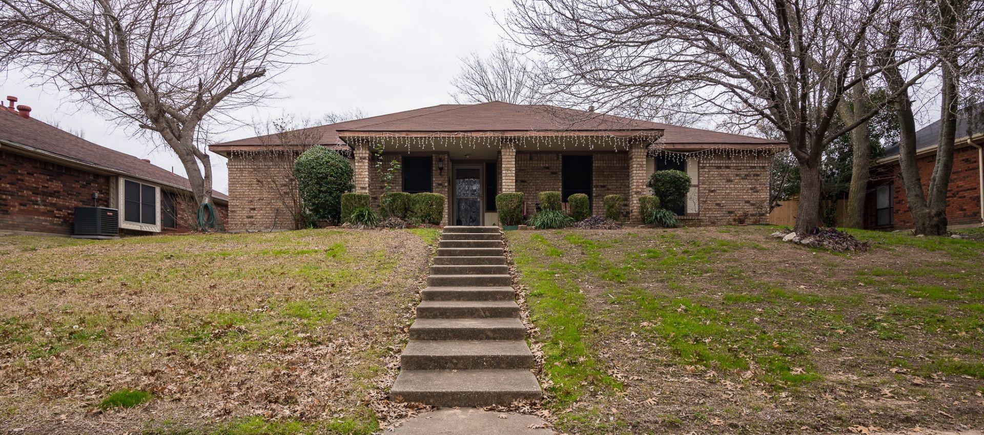Single Level Home For Sale in DeSoto