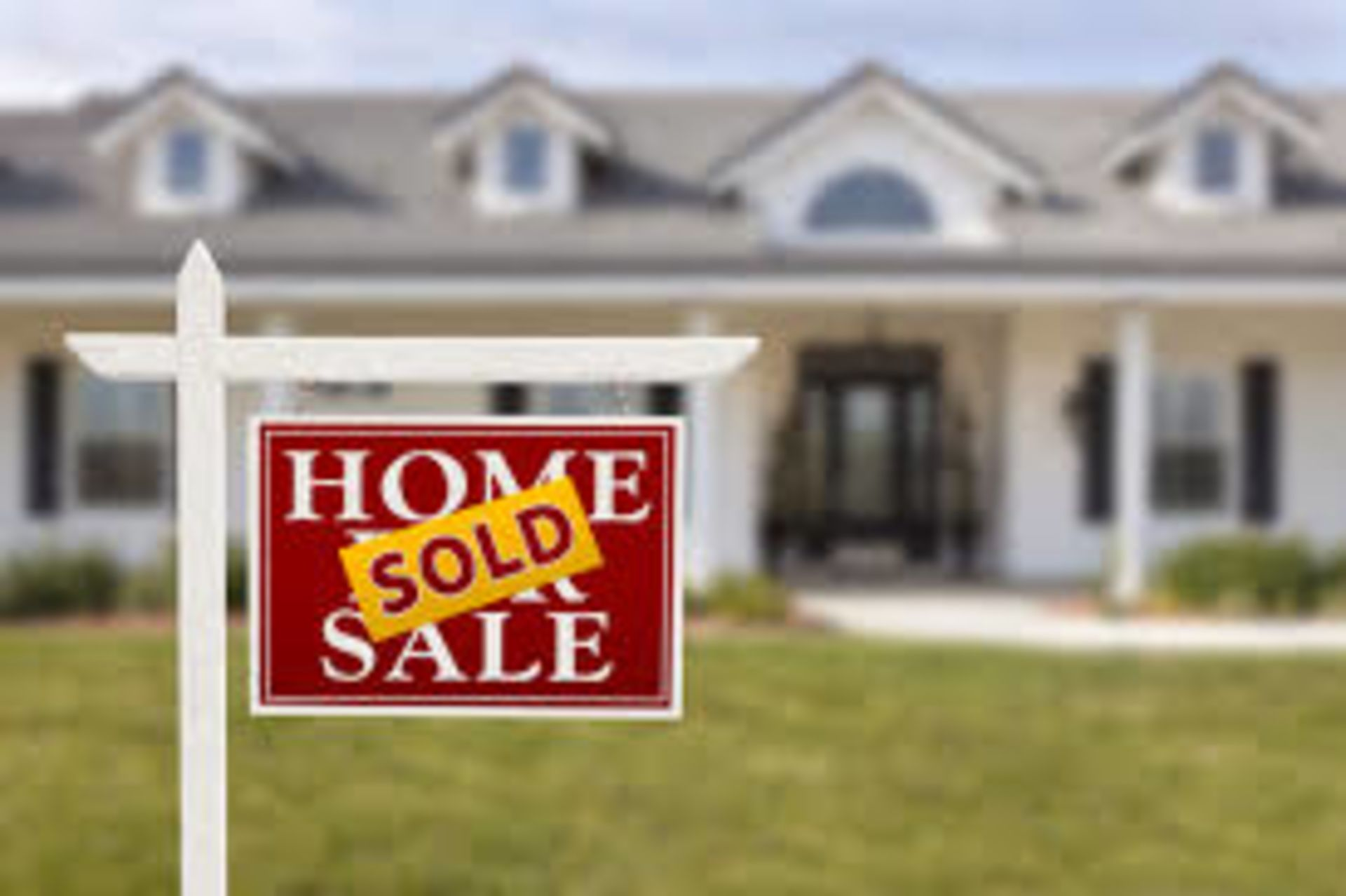 Don't let these common real estate myths ruin your chances of getting your dream home.