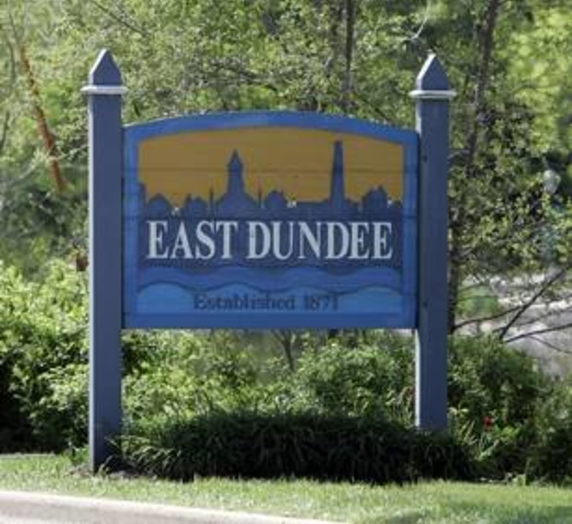 East Dundee