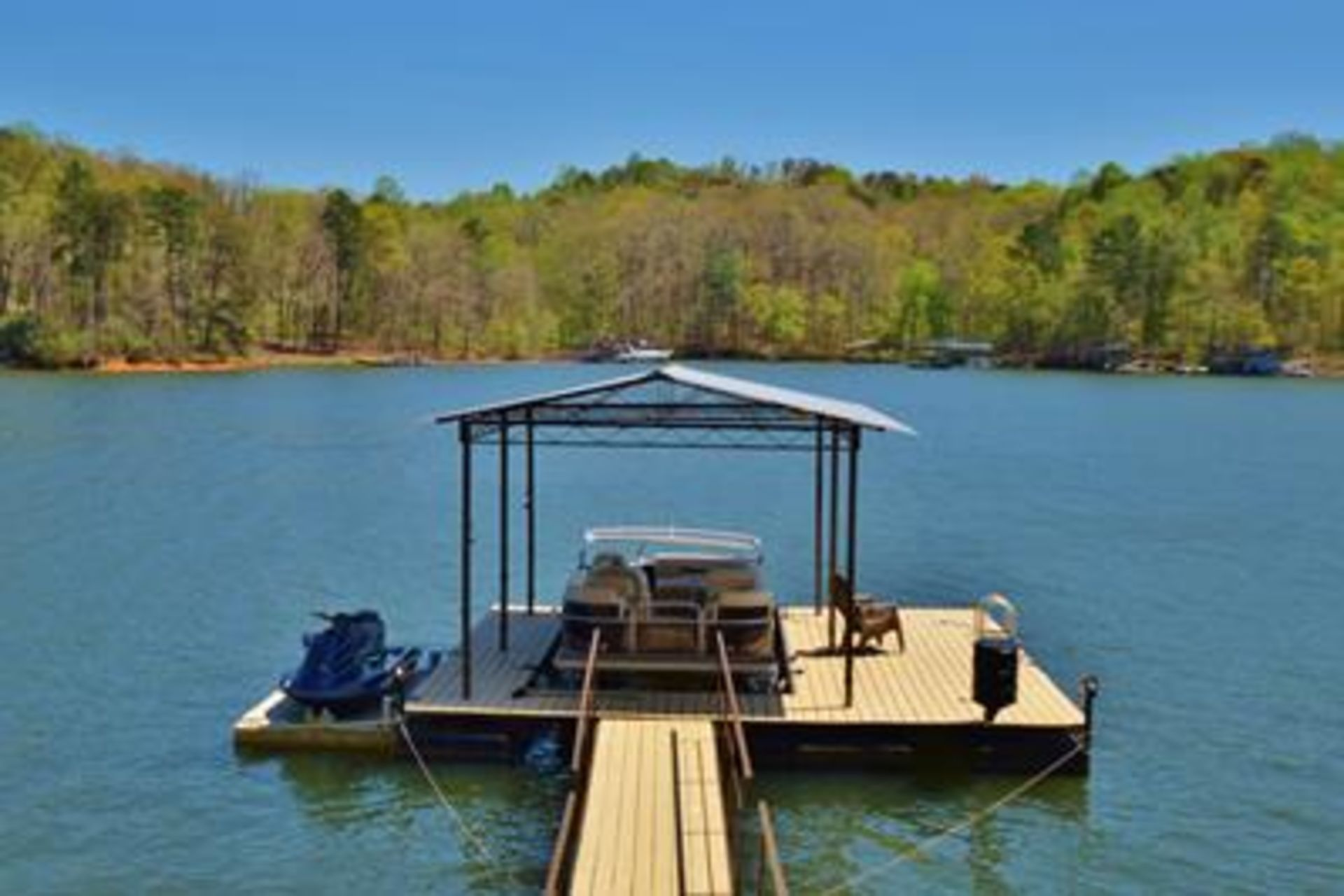 Why You Want to Live on Lake Lanier