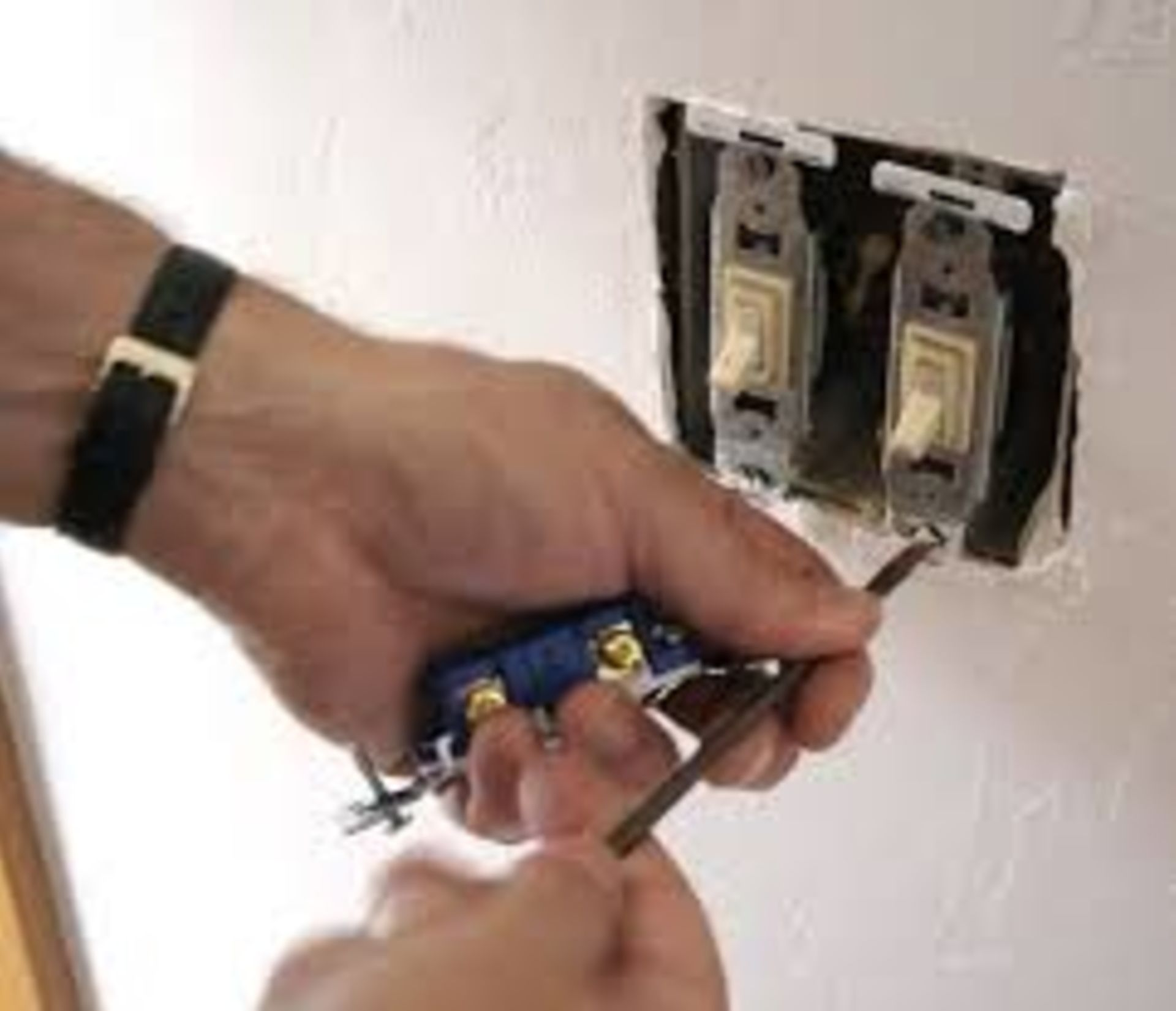 How to Change Out a Light Switch
