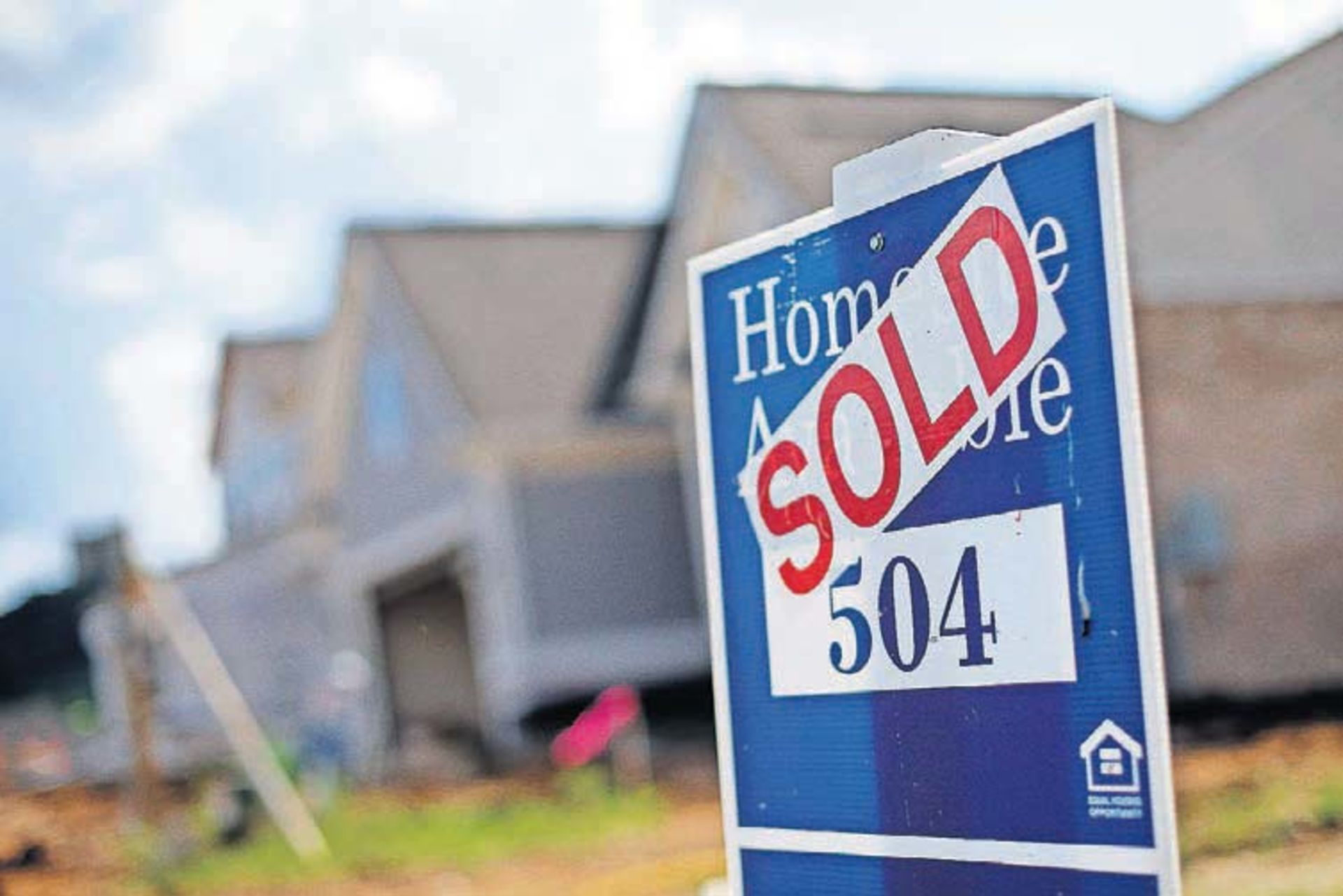 Buying a home as an unmarried couple? Do these three things