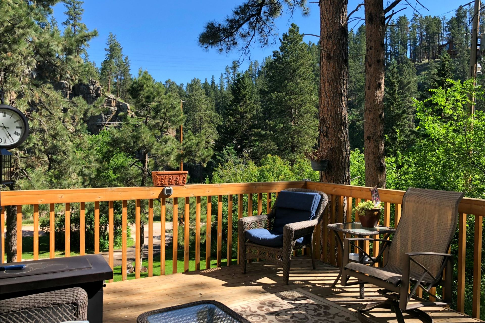 Creek side Property FOR SALE in Rimrock Canyon!